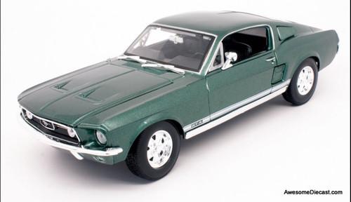 Maisto 1:18 1967 Ford Mustang GTA, Highland Green