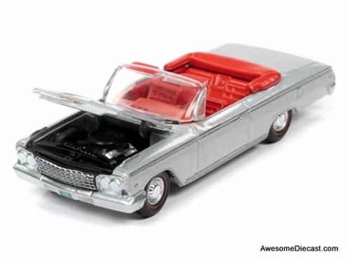 AutoWorld 1:64 1962 Chevrolet Impala SS 409 Convertible, Silver