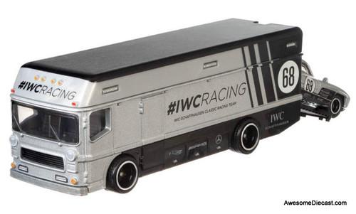 Hot Wheels 1:64 Euro Hauler w/Mercedes-Benz 300 SL