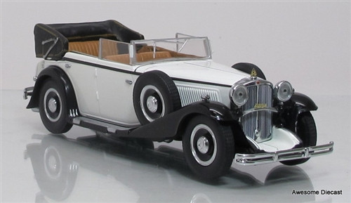 Minichamps 1:43 1932 Maybach Zeppelin: White/Black