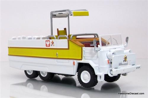Altaya 1:72 Star 660 PopeMobile Parade Vehicle