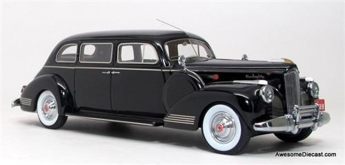 Neo 1:43 1941 Packard 180 7-Passenger Limousine,Black