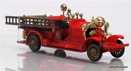 Del Prado 1:64 Fire Truck Ahrens Fox