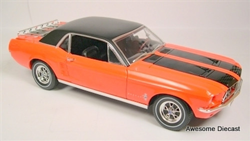 Greenlight 1:18 1967 Ford Mustang Ski Country Special