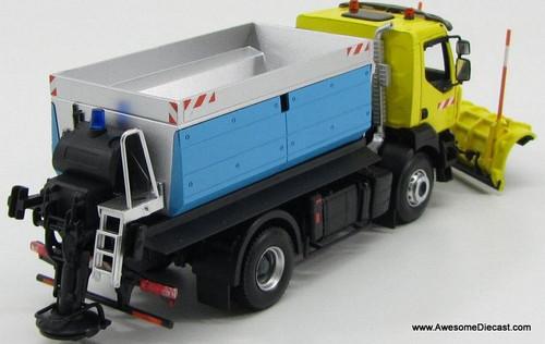 Norev 1:43 2008 Renault Kerax Snow Plow w/ Salt Spreader: Yellow / Blue