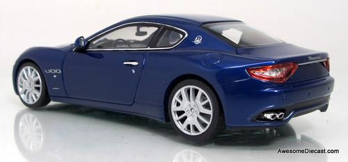 Minichamps 1:43 2008 Maserati Gran Turismo