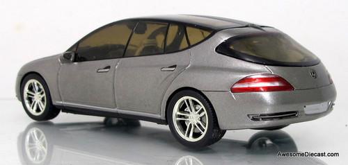 Spark 1:43 2003 Mercedes-Benz F500 Concept