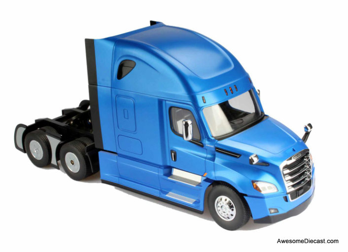 Diecast Masters 1:16 Radio Controlled Freightliner Cascadia Tractor, Metallic Blue