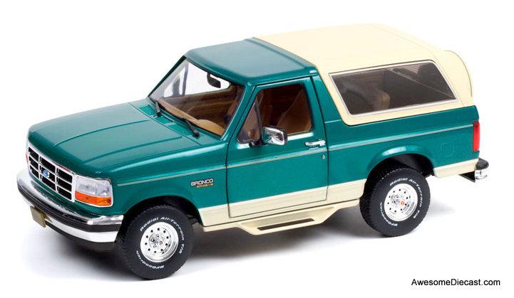 Greenlight 1:18 1993 Ford Bronco Eddie Bauer Edition, Emerald Green/Cream