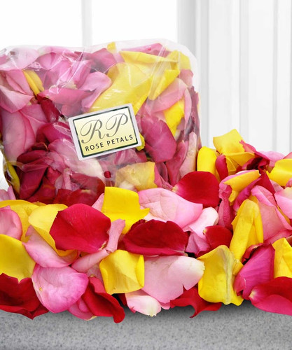 Romantic Roses Petals - Imagine your sweetheart opening the door, following a trail of rose petals to a candlelit room, champagne... your bed covered in petals... You get the picture for delivery in Rockville MD, Palace Florists