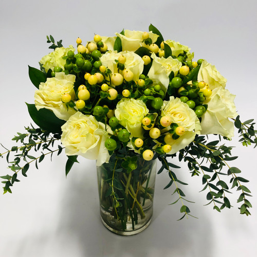 Gorgeous Green/Ivory Roses in Rockville MD, Palace Florists