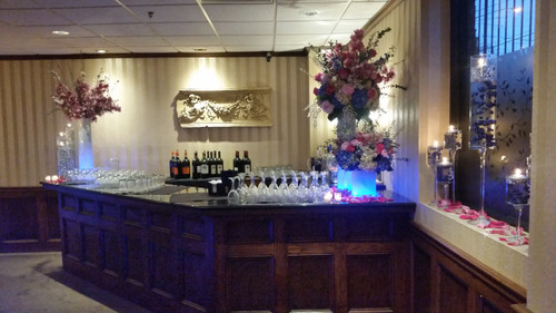Palace's Flowers on Bar