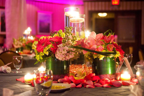 Palace's Mitzvah Flowers in Pinks