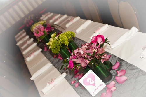 Palace's Delicate Bat Mitzvah Flowers - Kids Table