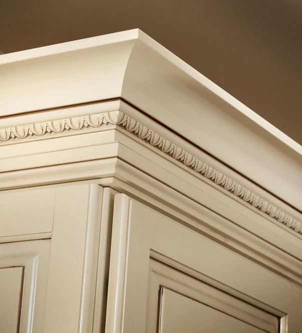 Large Cove Molding with Egg and Dart Insert