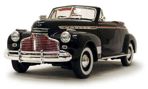 1/18-Scale Diecast 1941 Chevrolet Special Deluxe - Black