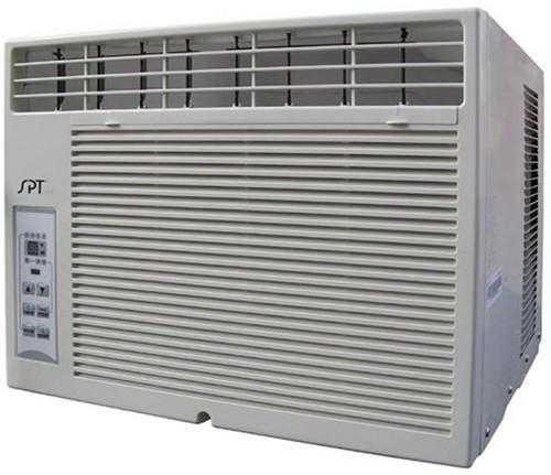 8,200-BTU window Air Conditioner with remote (Energy Star)