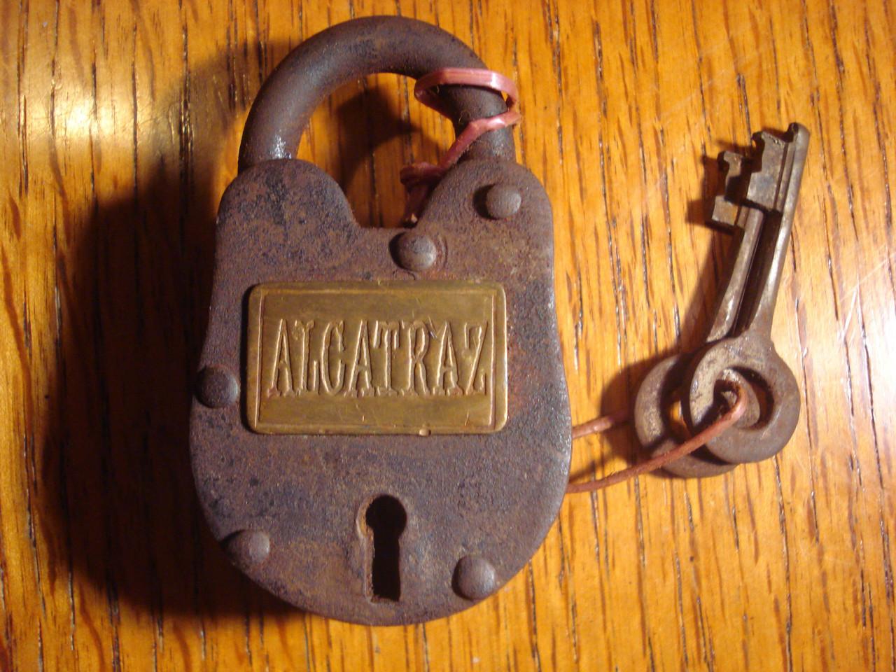 New York Insane Asylum Cast Iron Plaque Bar Shop Man Cave Decor Antique Finish