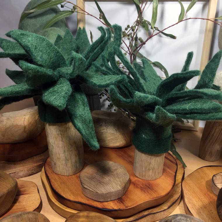 Palm Trees by Papoose Toys
