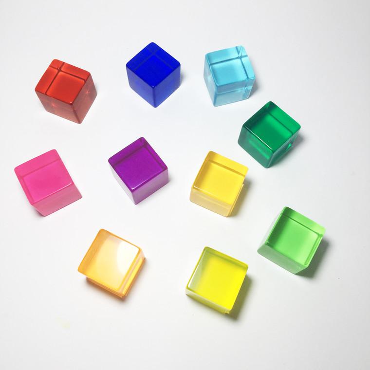 10 piece Lucite Cubes Bauspiel - new colours