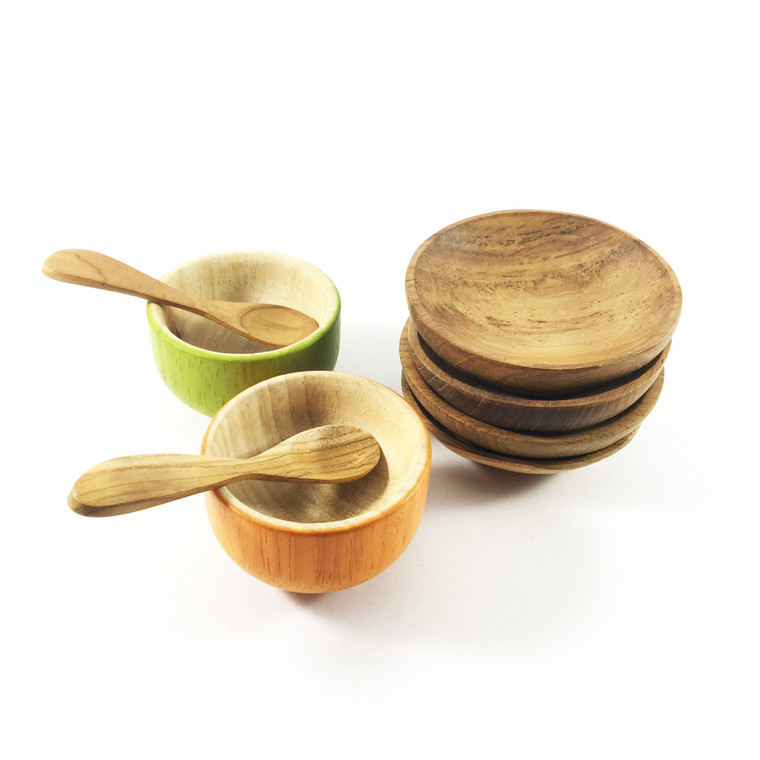 Small Round Plates | Papoose Toys
