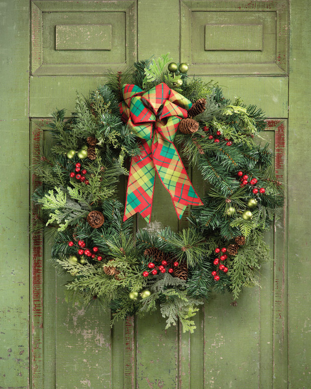 """Forevergreens & Berries 24"""" Artificial Holiday Wreath"""