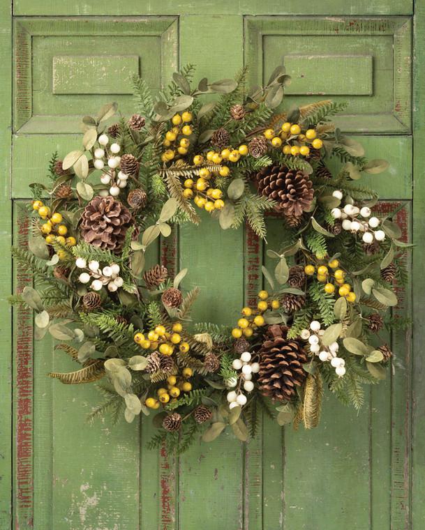 "Hemlock, Mistletoe & Berries 24"" Artificial Holiday Wreath"