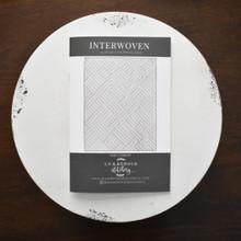 Interwoven Pattern