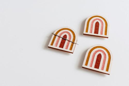 Needle Minder - Rainbow (Mustard/Terracotta)