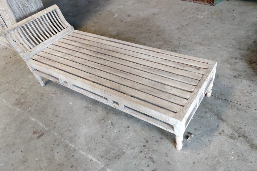 Daybed Bench