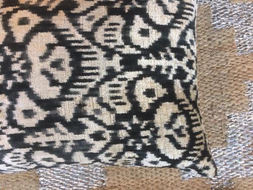 Pillows - Silk Velvet Green/Black