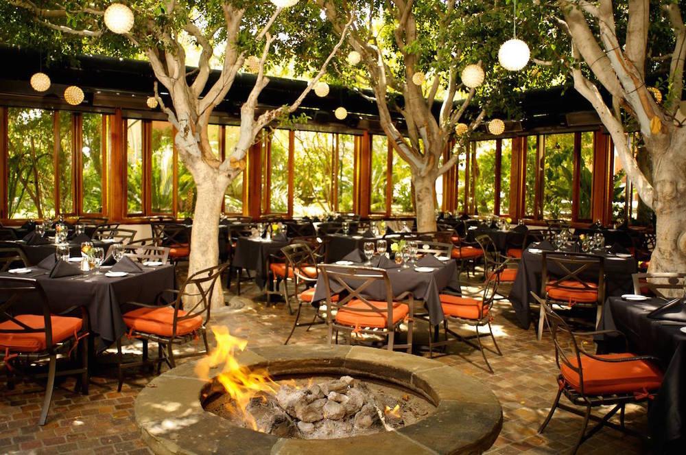 Outdoor Dining At Restaurants Culinary Depot