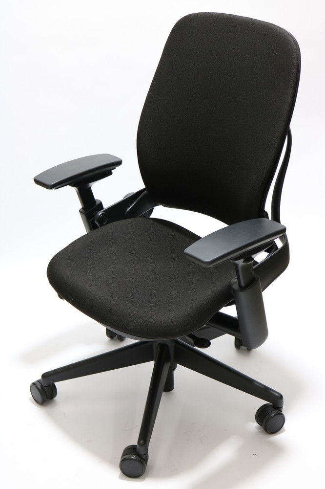 Steelcase Leap Chair V2 In Fabric in Black +  4-Way Adjustable Armrests