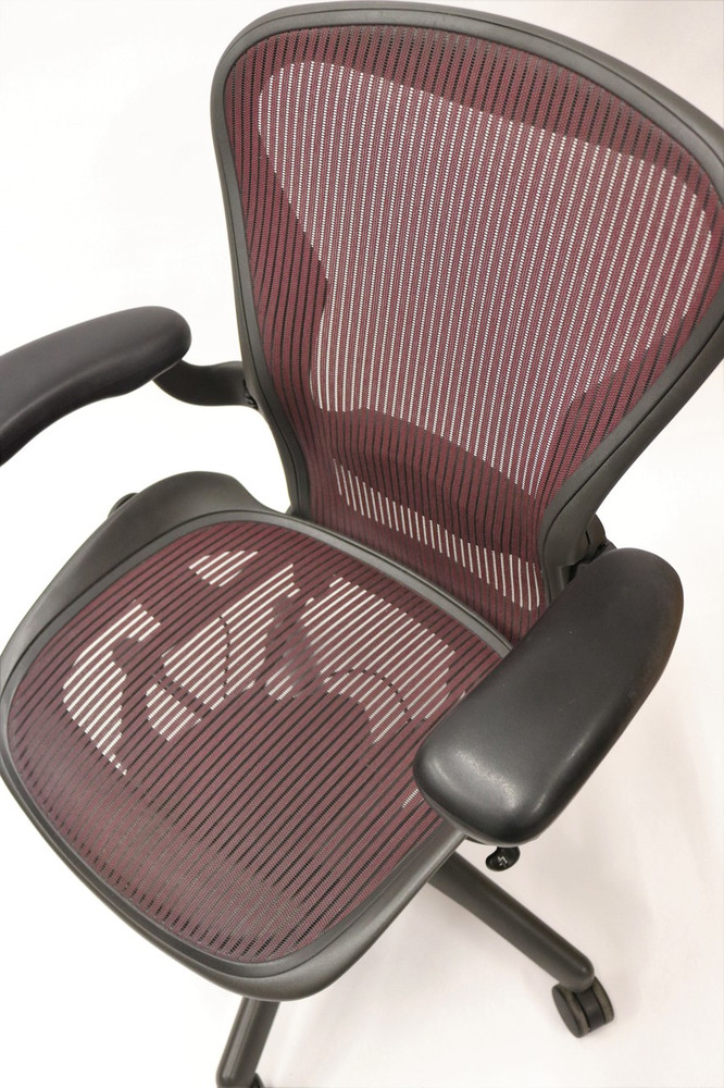 Herman Miller Aeron Chair Fully Featured Size B Burgundy