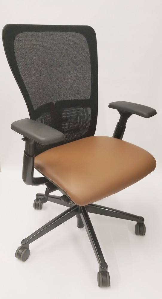 Haworth Zody Chair in Leather Fully Adjustable Model in Camel