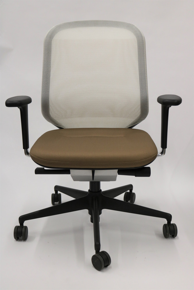 MedaPal By VItra Office Chair Brand NEW