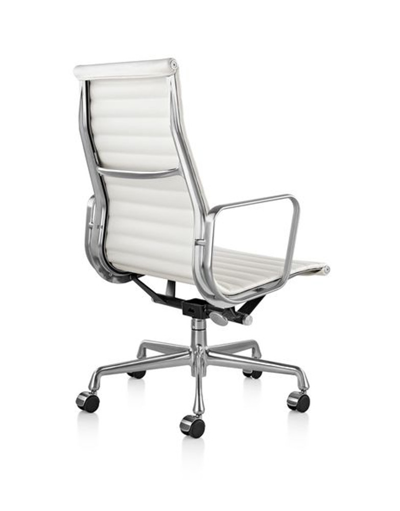 Herman Miller Eames Aluminum Group Management Chair High Back