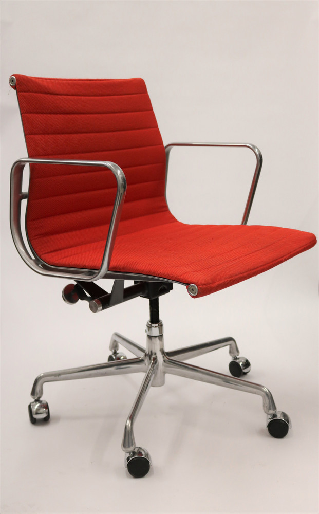 Herman Miller Eames Aluminum Group Management Red Fabric