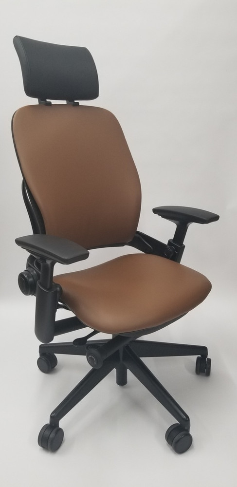 Steelcase Leap Chair V2 In Light Brown Leather With Headrest