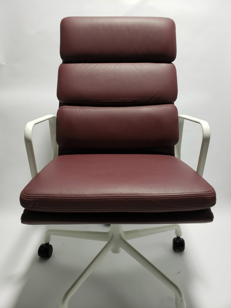 Herman Miller Eames Aluminum Group Management Soft Pad Chair High Back
