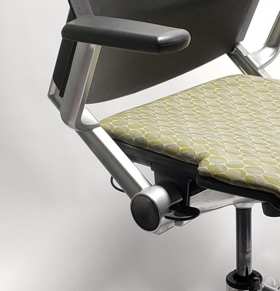 Steelcase Kart Chair