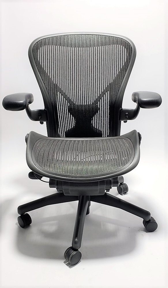 Herman Miller Aeron Chair With Posturefit Size A Black