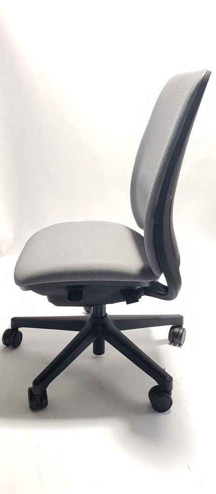 Steelcase Amia Chair Fully Adjustable Model No Arms Dark Gray Fabric