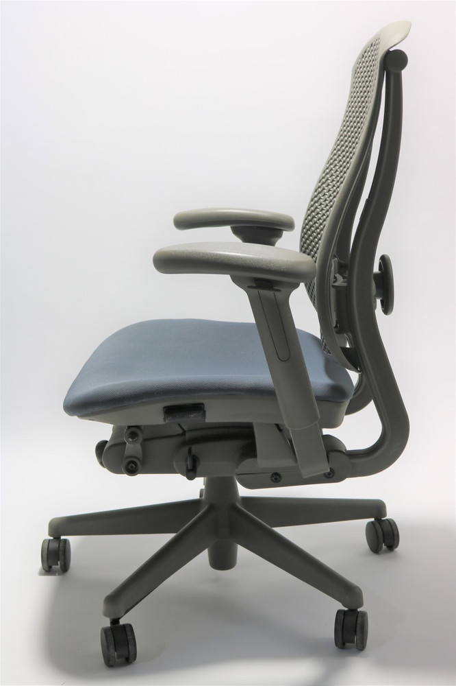 Herman Miller Celle Chair NavyBlue Seat + Adjustable Lumbar