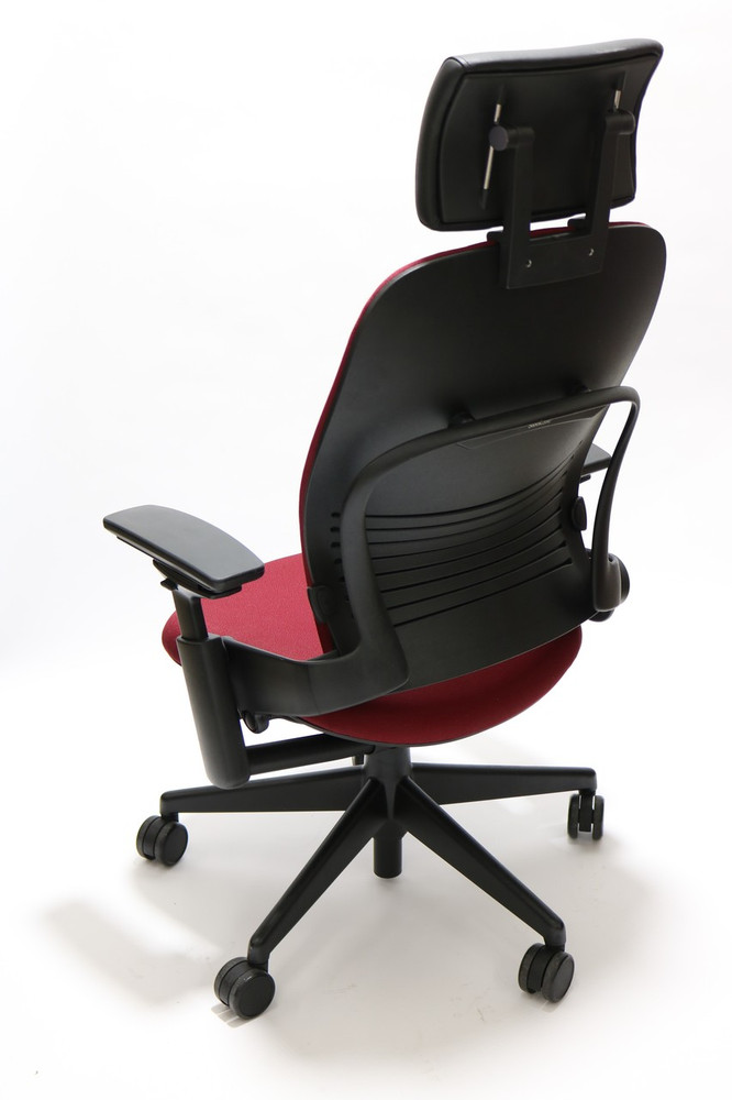Steelcase Leap Chair V2 Burgundy Fabric With Headrest