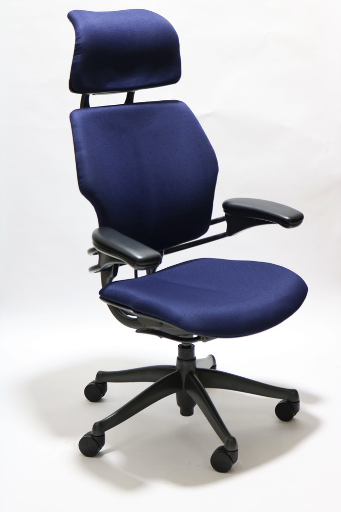 Freedom Chair By Humanscale Fully Adjustable Model With Headrest Navy
