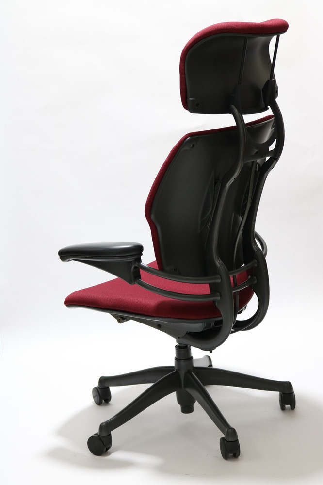 Freedom Chair By Humanscale Fully Adjustable Model With Headrest Burgundy