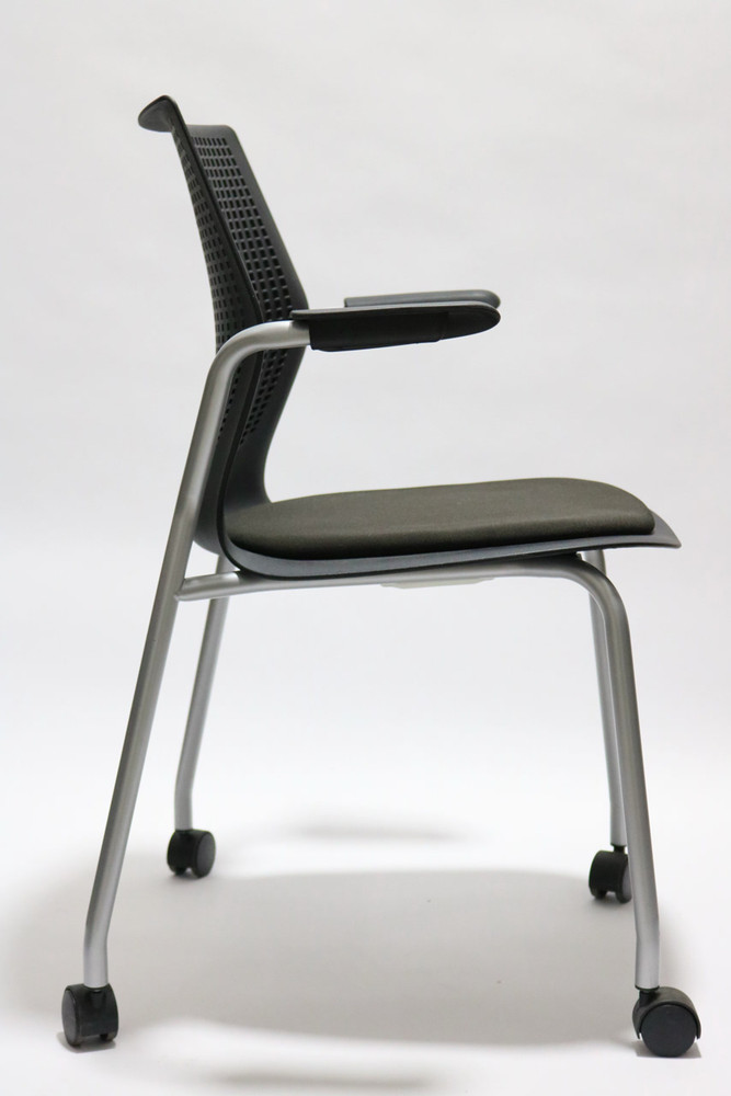 MultiGeneration by Knoll Stacking Base Chair