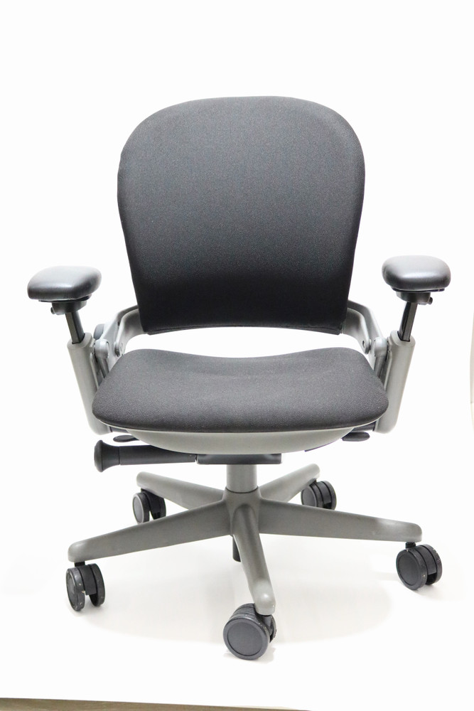 Steelcase Leap Chair In Black Fabric + Pivot Arms Gray Frame
