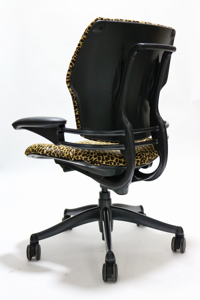 Humanscale Freedom Chair Fully Adjustable Cast Hide Leopard Pattern